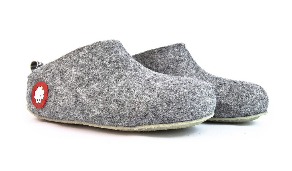 121eaf724 Baabuk Gus Slipper - Light Grey £49.99